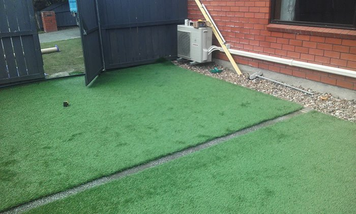 Artificial turf laying