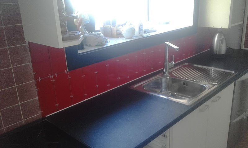Replace kitchen bench top, new tiling